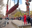 Veel publiek bij tewaterlating Waka, Museum Volkenkunde Leiden