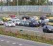 File op hoofdrijbaan na kettingbotsing, Rijksweg A4 in Leiden
