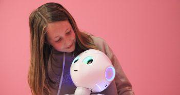 Robot Pepper bij Museum Volkenkunde